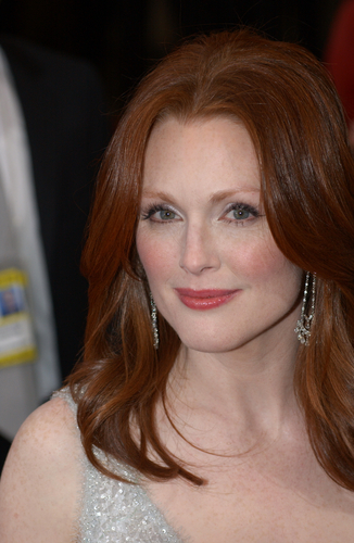 "AARP To Screen Alzheimer's Feature ""Still Alice"" Starring Julianne Moore Nationwide"