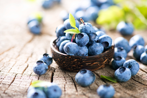 Blueberries Seen to Ease Cognitive Decline, a Key Alzheimer's Symptom