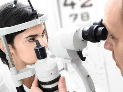 Non-Invasive Eye Exam Might Help Predict Risk for Alzheimer's, Study Suggests