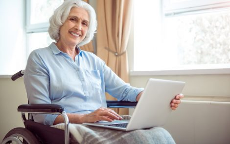 Hip Fracture in Older People Without Dementia May Be Sign of Undiagnosed Alzheimer's